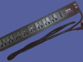 8位帶防雷模塊16A萬能插孔PDU